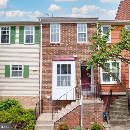 Rent this 2 bed townhouse on 13849 Constitution Court in Chantilly, VA 20151