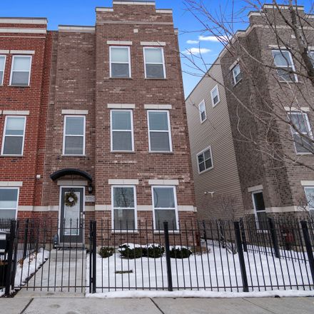 Rent this 3 bed townhouse on 3755 South Morgan Street in Chicago, IL 60609