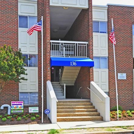 Rent this 1 bed apartment on 101 Twin Lakes Drive in Fredericksburg, VA 22401