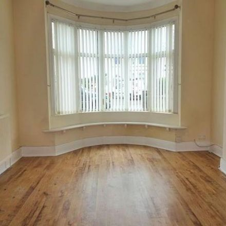 Rent this 3 bed house on New Road in Newton CF36 5BN, United Kingdom