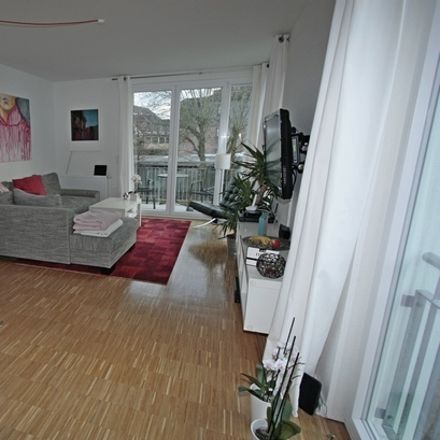 Rent this 3 bed apartment on Holsteiner Chaussee 189b in 22523 Hamburg, Germany