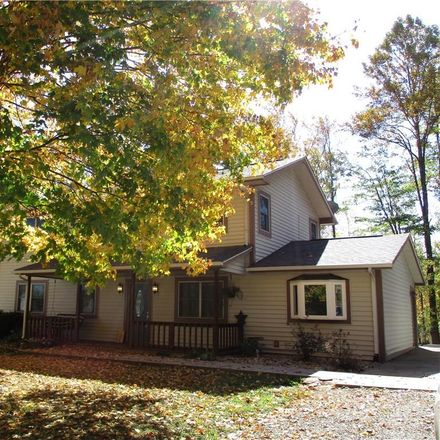 Rent this 4 bed house on 4965 West Carr Hill Road in Columbus, IN 47201