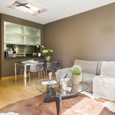 Rent this 4 bed apartment on Oficina Antifrau de Catalunya in Carrer de Roger de Flor, 62