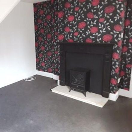Rent this 1 bed apartment on The Co-operative Food in 19 The Green, Rugby CV22 7LZ