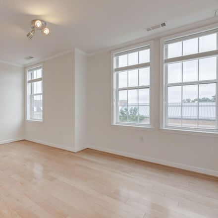 Rent this 1 bed apartment on 400 Cameron Station Boulevard in Alexandria, VA 22304