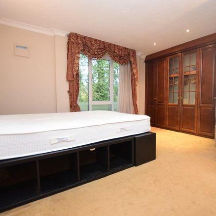 Rent this 1 bed apartment on Birchover House in Queensway, Derby DE22 1EU