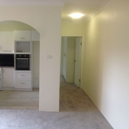 Rent this 1 bed apartment on 3/147 Sydney Street