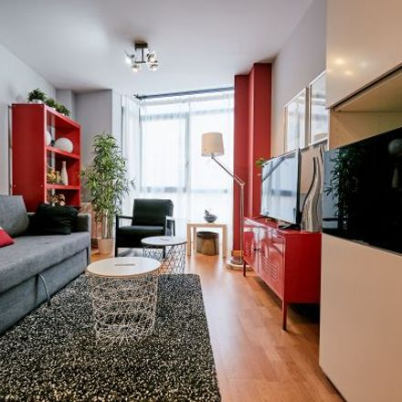 Rent this 2 bed apartment on Calle Pajaritos in 2, 28007 Madrid