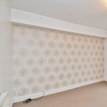 Rent this 3 bed apartment on Normanton Industrial Estate in 19 Castleford Road, Wakefield WF6 2EJ