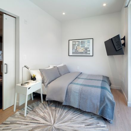 Rent this 1 bed apartment on 925 South Barrington Avenue in Los Angeles, CA 90049