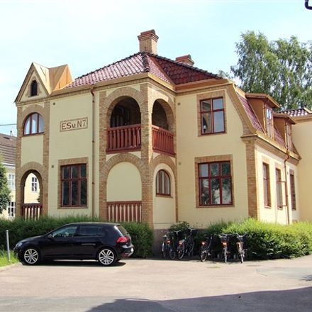 Rent this 2 bed apartment on Nygatan in 574 31 Vetlanda, Sweden