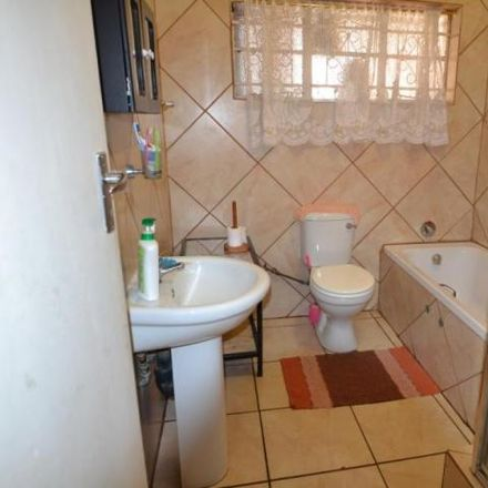 Rent this 3 bed house on Hjalmer Street in Booysens, Pretoria