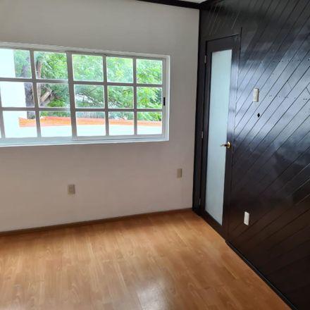 Rent this 4 bed apartment on 1era de Fresnos in Delegación Félix Osores, 76127 Querétaro