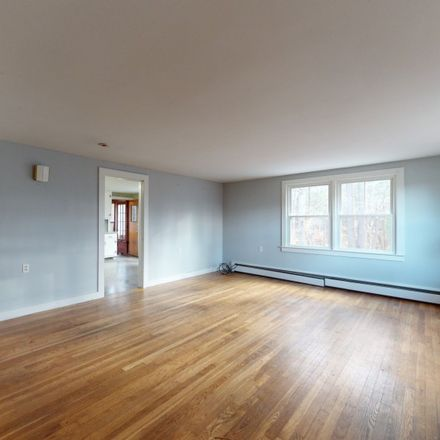 Rent this 3 bed house on 271 Everett Street in Middleborough, MA 02346