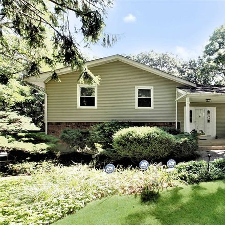 Rent this 4 bed house on Roundtree Dr in Melville, NY