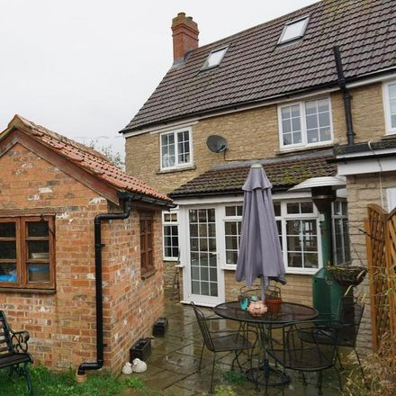 Rent this 3 bed house on Northampton Road in Lavendon MK46 4EY, United Kingdom