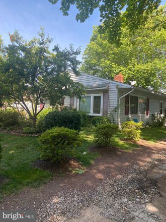 Rent this 3 bed house on 109 Kenmar Dr in Newark, DE