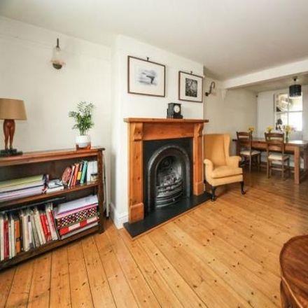 Rent this 2 bed house on Toddington Village Hall in Leighton Road, Toddington LU5 6BS