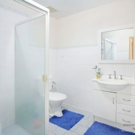 Rent this 2 bed apartment on 15/9-13 Beresford Road