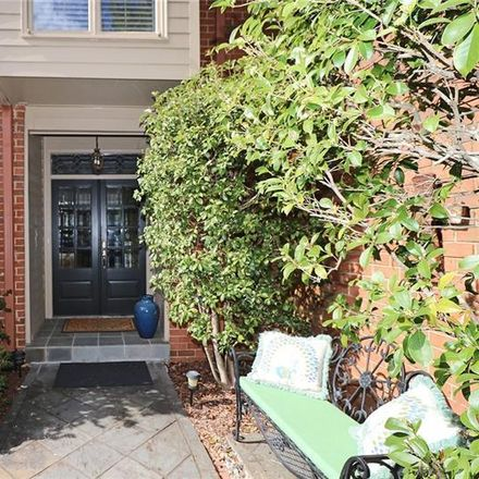 Rent this 3 bed townhouse on Willow Glen NE in Atlanta, GA