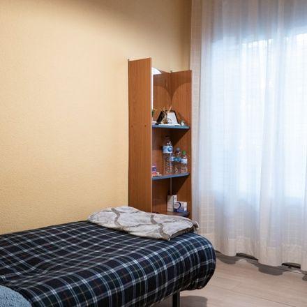 Rent this 10 bed apartment on Espacio de Igualdad María Zambrano in Calle de Andrés Mellado, 28001 Madrid