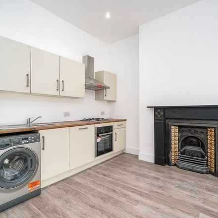 Rent this 1 bed apartment on Connaught Avenue in Plymouth PL4 7BX, United Kingdom