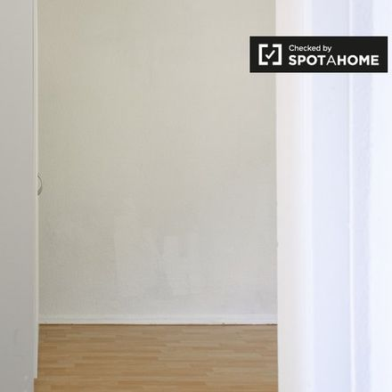 Rent this 2 bed apartment on Lückstraße 33 in 10317 Berlin, Germany