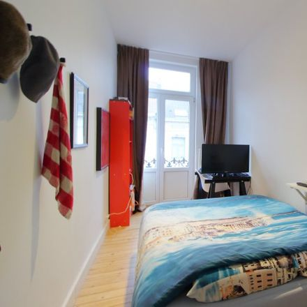 Rent this 6 bed room on 1040 in Avenue des Gaulois - Galliërslaan, Etterbeek