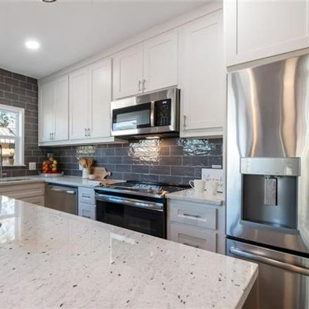 Rent this 1 bed apartment on 4620 East Side Avenue in Dallas, TX 75214