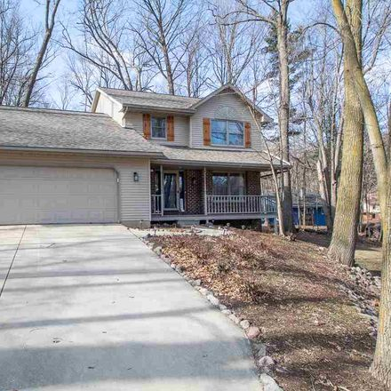 Rent this 4 bed house on 2606 Newberry Avenue in Green Bay, WI 54302