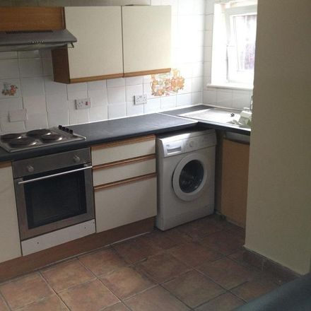 Rent this 4 bed house on Royal Park Avenue in Leeds LS6 1EZ, United Kingdom