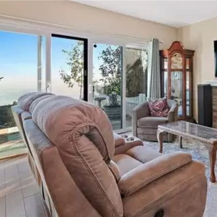 Rent this 3 bed house on 3044 Nestall Road in Laguna Beach, CA 92651