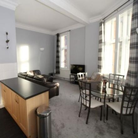 Rent this 2 bed apartment on Cup Tea Lounge in West Regent Street, Glasgow G2