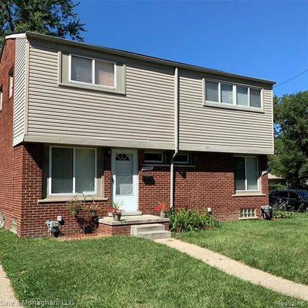 Rent this 2 bed townhouse on 25161 Coolidge Highway in Oak Park, MI 48237