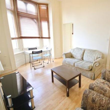 Rent this 3 bed apartment on Portsmouth PO5 4DE