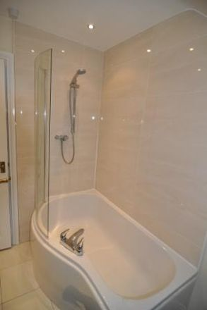 Rent this 7 bed house on Roxburgh Place in Newcastle upon Tyne NE6 5HU, United Kingdom