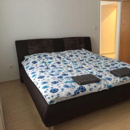 Rent this 3 bed apartment on Hainburger Straße 37 in 1030 Vienna, Austria