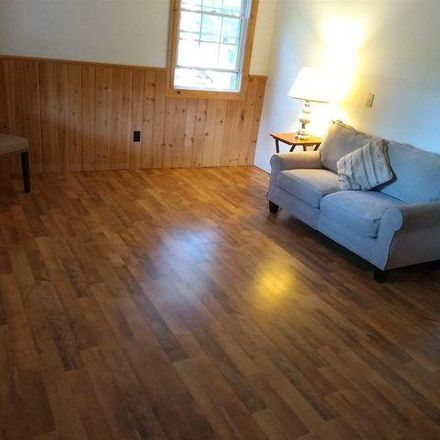 Rent this 3 bed house on 17 Farmington Avenue in Town of Wilton, NY 12831