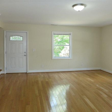 Rent this 3 bed townhouse on 515 S Merritt Mill Rd in Chapel Hill, NC