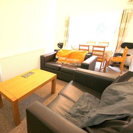 Rent this 6 bed room on 36 The Avenue in Durham DH1 4EB, United Kingdom