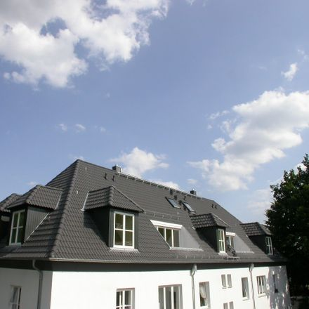 Rent this 5 bed duplex on Götkensweg 6 in 22417 Hamburg, Germany