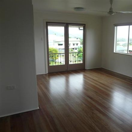 Rent this 2 bed house on 1/18 Benwell