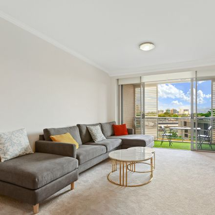 Rent this 2 bed apartment on 215/806 Bourke Street