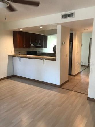 Rent this 2 bed condo on 25th St W in Bradenton, FL