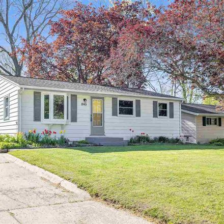 Rent this 3 bed house on Stony Brook Lane in Green Bay, WI 54303