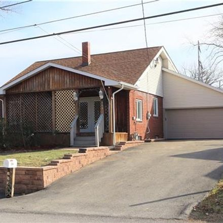 Rent this 3 bed house on Indiana Ave in Blairsville, PA