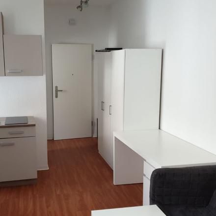 Rent this 1 bed apartment on Hörtgeräte Tramer in Elisabethenstraße, 64283 Darmstadt