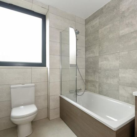 Rent this 2 bed apartment on Barclays in Market Square, Aylesbury HP20 1SN