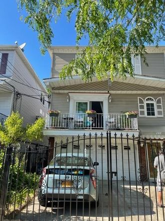 Rent this 3 bed duplex on 5th St in Jersey City, NJ