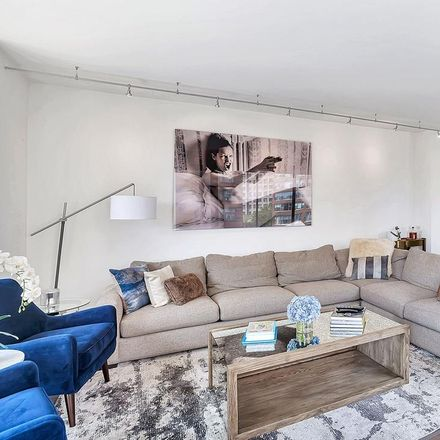 Rent this 2 bed loft on 167 East 61st Street in New York, NY 10065